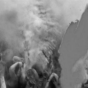 আবিরের ছোঁয়ায় আজও রঙিন তিলোত্তমার দোলের ইতিহাস!